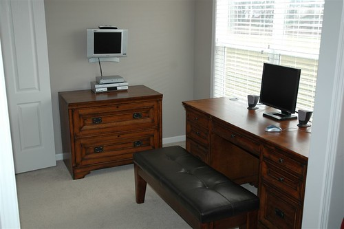 day 335: desk!