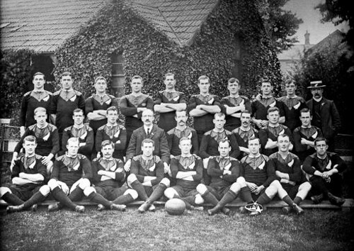 The Originals:New Zealand squad for their 1905-06 tour: (back row, l-r) John Corbett, Massa Johnston, Bill Cunningham, Frederick Newton, George Nicholson, Bronco Seeling, O Sullivan, Alex McDonald, Duncan McGregor, James Duncan; (middle row, l-r) Eric Har