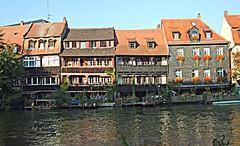 Bamberg: Fishermen's Village: Little Venice (bill barber) Tags: roof plants window architecture germany garde