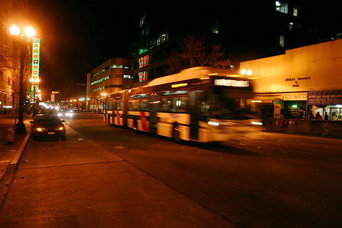 AC Transit bus by Flickr user allaboutgeorge under Creative Commons license
