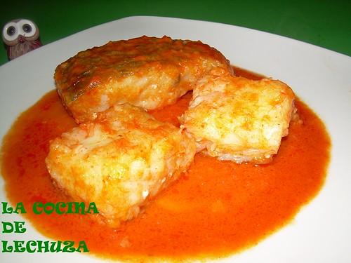 Bacalao salsa piquillos plato