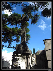 Saint Patrick Cross (LordGK) Tags: light tree graveyard statue buenosaires cross cementerio tomb recoleta