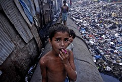 13th Compound, Dharavi. (lecercle) Tags: life morning boy people india slum dharavi