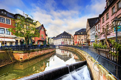 Leuk (Wolfgang Staudt) Tags: morning travel blue trees water clouds germany deutschland early waterfall nikon europa europe wasserfall awesome tripod earlymorning terrasse tourist foss fluss altstadt reflexions spiegelung hdr pfalz alemanha brasserie gastronomie rheinlandpfalz cascada leuk  chutedeau airterjun d300 saarburg  halbinsel vodopd reisefotografie  rhinelandpalatinate palatinate flickrcolour wolfgangstaudt  66111 krioklys colourartaward elle renniapalatinado nikond300  nikonflickraward altstadtsaarburg leukriver