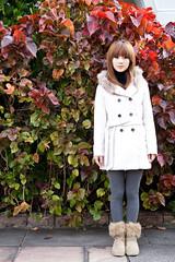 (swanky) Tags: portrait people woman cute girl beauty canon asian eos model asia pretty taiwan babe ntu  2009 taiwanese    nationaltaiwanuniversity mikako  difocus  mikako1984   5dmarkii 5d2  5dmark2