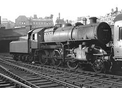 Class 4MT no.43017. Birmingham (New Street). 16 September 1963 (ricsrailpics) Tags: uk birmingham steam 1963 flyingpig 260 newstreetstation class4mt exlms