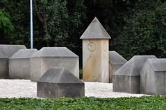 Sandsteindorf (MaretH.) Tags: buildings miniature sandstone spire sandstein gebude miniatur niedersachsen lowersaxony kirchturm nordhorn miniaturen