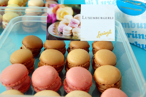 Luxemburgerli from Zurich