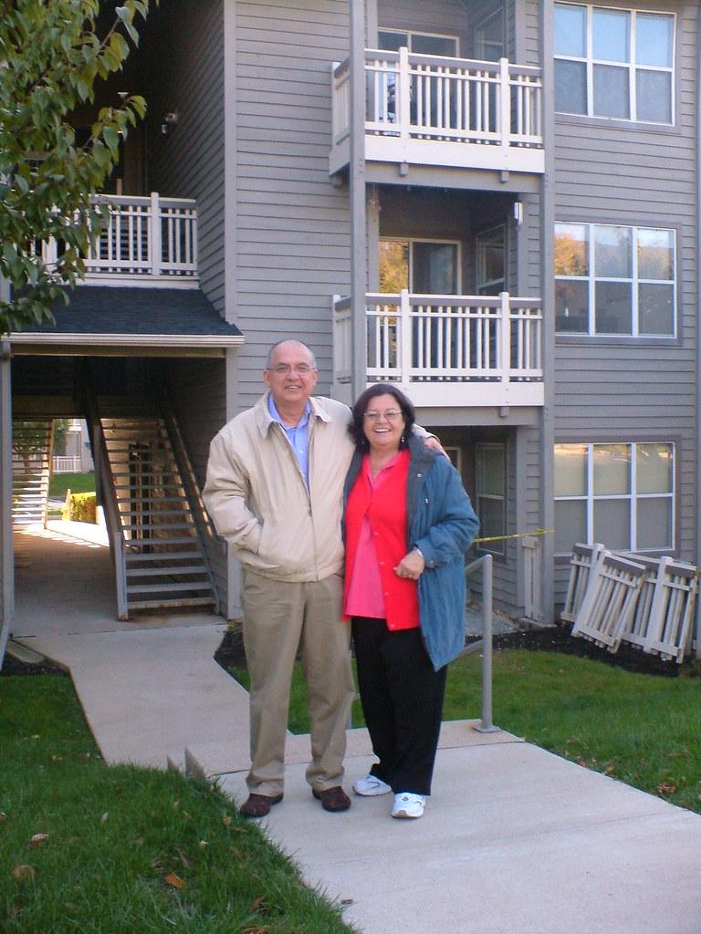 mi madre con mi tío xavier (click para ver más grande)