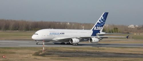 Airbus A380 à Montréal