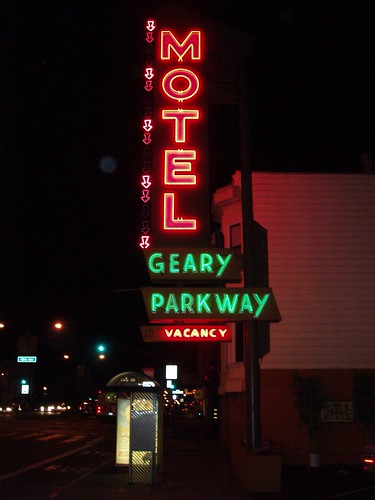 Motel Geary Parkway 01