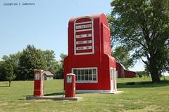 "Missouri, King City, ""The Big Pump Service Station"" (9,132) (10,007b) (EC Leatherberry) Tags: missouri gaspump nationalregisterofhistoricplaces us169 artdecostyle us71 noveltyarchitecture nodawaycounty gentrycounty kingcitymissouri"