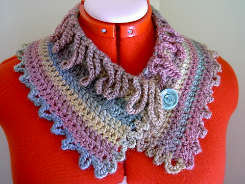 Loopy neckwarmer
