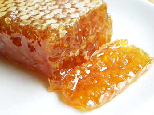 comb honey from alois dallmayr