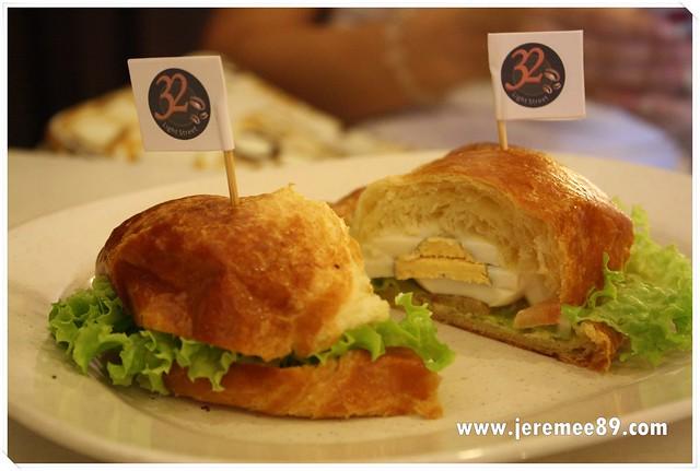 32 Light Street Kopitiam @ Green Hall - Mayo Croissants