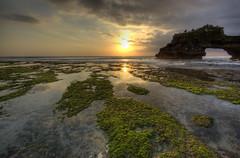 Balinese sunset #1 (FredrikN) Tags: travel sunset bali d50 indonesia temple nikon asia lot hdr tanahlot tanah 3exp