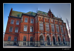 Jagiellonian University in Cracow (Mariusz Petelicki) Tags: krakw cracow hdr jagiellonianuniversity uniwersytetjagielloski canon400d isawyoufirst mariuszpetelicki