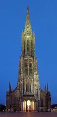 Ulm Minster (Claude@Munich) Tags: church germany geotagged tall minster ulm münster gotisch gothik badenwürttemberg ulmermünster claudemunich ulmmünster shiftn donauradwanderweg geo:lat=48398508 geo:lon=999066 top20bawü