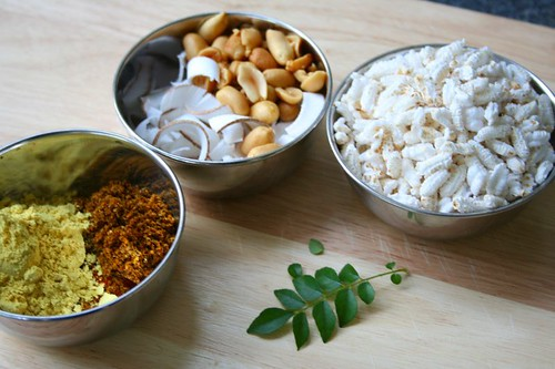 Chiwda: Ingredients