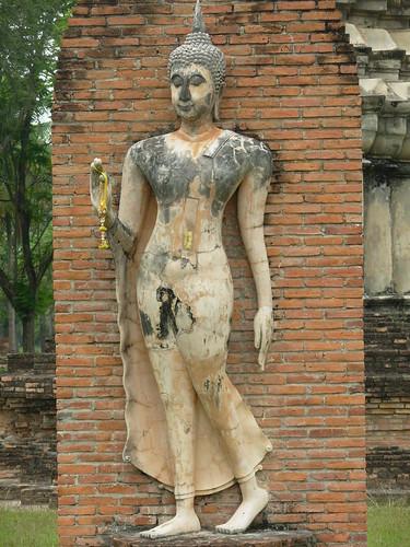 Sukhotai-W Traphang Ngoen (2)