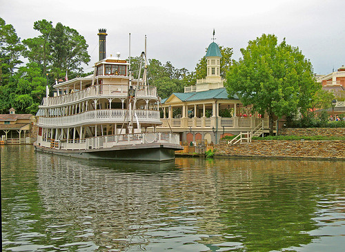 Mississippi Riverboat . . .