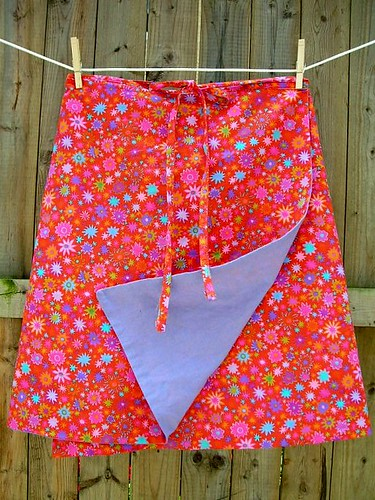 Creative Sewing >> Free Kids' No-Pattern Yoga Skirt Instructions!