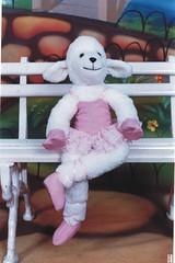 Ovelha Bailarina - G42 (Moldes videocurso artesanato) Tags: bailarina ovelha