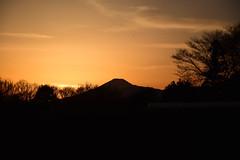 20170221_017_2 (まさちゃん) Tags: 富士山 シルエット 雲 silhouette 空 夕焼け空 茜色