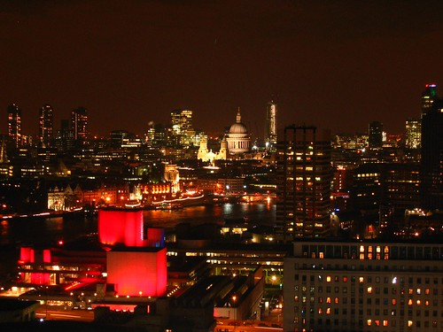 London by night - Skyline of St Pauls