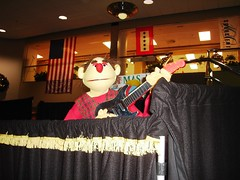 pup200720 019 (Potter's Hands Puppets) Tags: pottershousepuppetteam granthospital christmas armrodpuppets 2 person puppet team guitarist guitar lobby grant hospital puppetry rod arm outreach blessing others