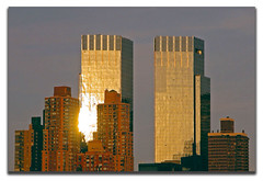 Time Warner Towers, N.Y.C. (artundform) Tags: city nyc sunset usa newyork reflection tower architecture abend licht nikon skyscrapers framed timewarner mgm reflexions metropole aplusphoto goldolivebranch thegoldproject artundform