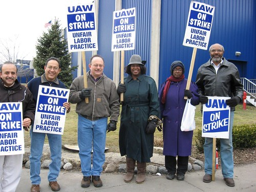 Abayomi Azikiwe, editor of the Pan-African News Wire, on right, with the MECAWI solidarity team which supported the UAW strike against American Axle. This photo was taken on Sunday, March 16, 2008. (Photo: Alan Pollock). by Pan-African News Wire File Photos