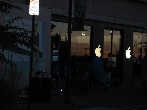 iPhone Line at Tice's Corner