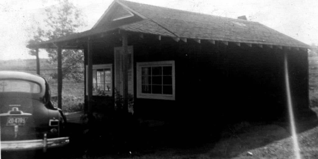 2185 Fairview clinic 1956