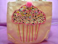 Mini Cupcake (luvs2sew) Tags: cute bag beads canvas cupcake sprinkles pompom blanketstitch cupcakebag