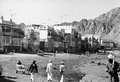 Oman in the seventies (Chris Kutschera) Tags: building shore maison oman rivage matrah