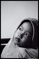 Thinking.......!! (2121studio) Tags: portrait girl children blackwhite kid nikon top20childportrait mj d70s hijab malaysia kuantan pahang ih supershot 10faves 10fave platinumphoto betterthangood umairoh interetingphotos superstarthebest michealjakcson
