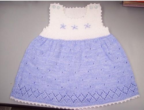 Örgü bebek elbise örnekleri