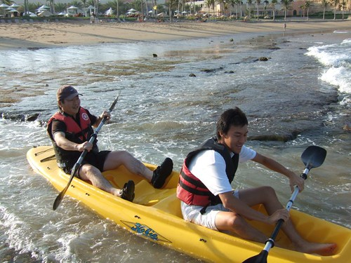 Paddling in Muacat