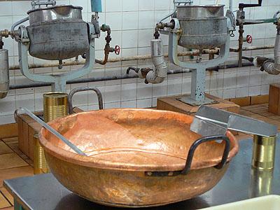 bassine à confitures.jpg