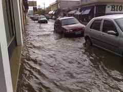 Suzano, Um dia de Chuva (helderyamamoto) Tags: brasil chuva tor celular suzano inundado alagamento alagado glicrio n95 phoda