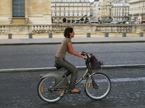 Copenhagen Cycle Chic Goes To Paris