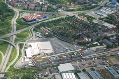 Rundflug ber Kiel 10 (KuhParadies) Tags: ikea germany deutschland aerialview kiel schleswigholstein luftbild luftaufnahme rundflug cittipark nikond80 novideosonflickr kielausderluft
