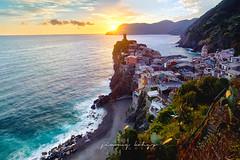 Sunset Village of Vernazza (Jimmy Kohar) Tags: vernazza cingue terre cingueterre 5terre