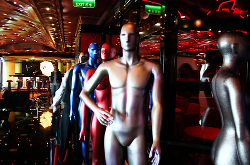 Red Carpet Mannequins (Carnival Splendor)
