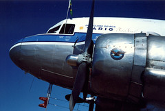 DC-3 (Jorge L. Gazzano) Tags: avião dc3 broa flyin aviação varig extra300 paulistinha