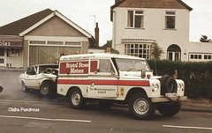 'Bent' 3.0L Ford Capri, 1979. (Lady Wulfrun) Tags: road ford up wheel capri smash long crash accident rover racing land smashed 1979 base wolverhampton rta trysull