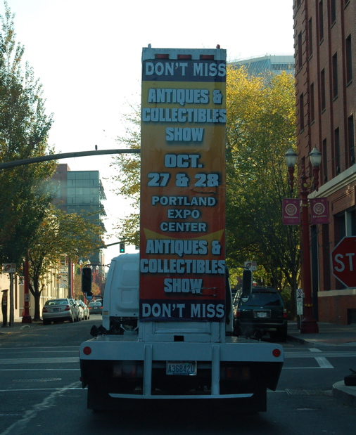 vehicle_rolling_sign