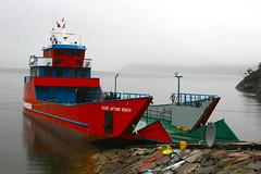 Carretera Austral: tramo Caleta Tortel a Puerto Yungay (la barcaza del MOP) (thejourney1972 (South America addicted)) Tags: chile patagonia ferry balsa mitchell mop fiord fiordo carreteraaustral aysen aysén transbordador aisen barcaza