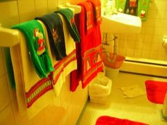do i need a title? (mamaelsewhere) Tags: christmas bathroom towels grandmom